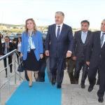 Bakan Arslan, yaralı askeri ziyaret etti
