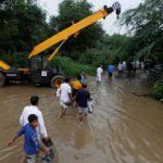 Muson yağmurları Hindistan'da 42 can aldı