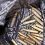 12 binden fazla silah ve mühimmat yakalandı