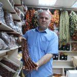 Adıyaman'da üzüm pekmezi ve pestil tezgahlardaki yerini aldı