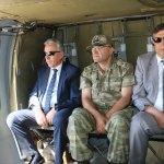 Irak ve İran sınırındaki askerlerle bayramlaşma