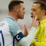 Rooney çıldırdı! Çakır'ın üstüne yürüdü