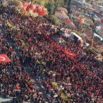 Türk milleti kutuplaşıyor mu?