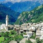 İsviçre'de bir köy kendi parasını bastı