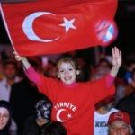 Türkiye 'Evet'i kutladı!
