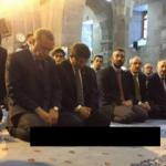 Erdoğan'dan Cami-i Kebir'de Kur'an tilaveti