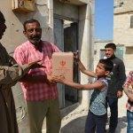 TDV Suriye'de ramazan kolisi dağıttı