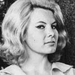 'Bond kızı' Molly Peters hayatını kaybetti