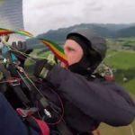 Paraşütçü yere çakılırken kamerası kayıttaydı!