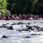 TÜGVA üyesi gençler Melen Çayı'nda rafting yaptı