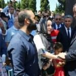 Cumhurbaşkanı ve Başbakan'dan şehitlik ziyareti