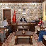 Vali Baruş'tan Türk Kızılayına kurban bağışı