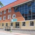İnsan Vakfı'ndan 26 yurt, 9 gençlik merkezi
