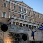 Yunanistan'a sığınma talebi bine yaklaştı