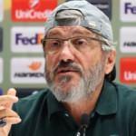 Mustafa Reşit Akçay imzayı attı!