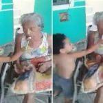 Hasta büyükannesini elleriyle besledi