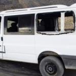PKK'lılar sivil aracı taradı: 3 ölü 2 yaralı
