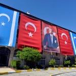 "IKBY'nin gayri meşru referandumuna ""Türkmen Bayrağı"" ile tepki"
