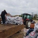 Babaeski'de ihtiyaç sahiplerine kömür dağıtımı