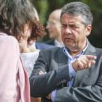 Almanya Dışişleri Bakanı Gabriel Antalya'da