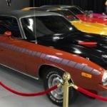 Klasik araba müzesi ziyaretçilerini şaşırtıyor