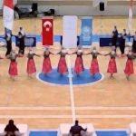 Halk oyunları ekibi Macaristan'a iltica etti!