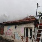 Oğlunun evinde yangın çıkardığını iddia etti