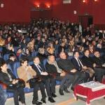 """""""Bilinçli Aile İdeal Gençlik"""" konulu konferans"""