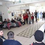 Gençlik Merkezi üyeleri huzurevi sakinlerini ziyaret etti