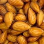 Geceden ıslatılmış 4 badem yemenin yararları