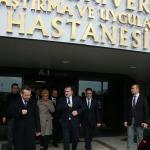"""Bakan Bak'tan Karaosmanoğlu'na """"geçmiş olsun"""" ziyareti"""