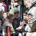 Terörden temizlenen Deyr Ballut'a insani yardım