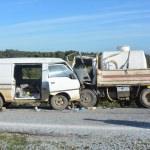 Çanakkale'de işçi servisiyle kamyon çarpıştı: 1 ölü, 9 yaralı