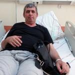 """""""Şoklama"""" ile hayatta kalan kalp hastası, nakil bekliyor"""