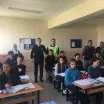 """Adana'da öğrencilere """"Bana Dokunma"""" semineri verildi"""