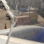 ABD'de yolcu uçağının havada camı çatladı