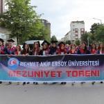 Burdur Mehmet Akif Ersoy Üniversitesinde mezuniyet heyecanı
