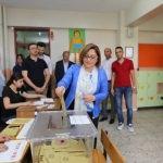 Gaziantep Büyükşehir Belediye Başkanı Şahin, oyunu kullandı