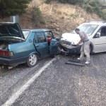 Ödemiş'te trafik kazası: 2 yaralı