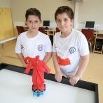 """Ortaokul öğrencileri """"mehteran"""" ve """"bekçi"""" robot tasarladı"""