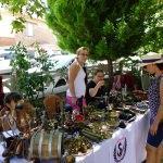 Kırsal mahallede antika pazarı kuruluyor