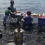 Çıldır Gölüne masa kurup, semaver yaktı