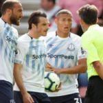 Cenk Tosun'lu Everton fırsat tepti