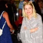 Aleyna Tilki battaniyesiyle poz verdi!