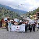 Ayder Yaylası'nda tulum eşliğinde yürüdüler