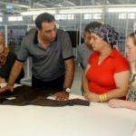 Köy köy dolaşıp fabrikaya işçi arıyorlar