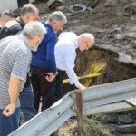 Başkan Çelikbilek sel mağdurlarını ziyaret etti