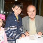 Çocuklara Atatürk'ü anlatan kitap hediye edildi
