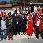 "Huzurevi sakini çiftlere limuzinli ""Cumhuriyet turu"""