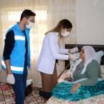 Ağız ve diş sağlığı için köy köy geziyorlar